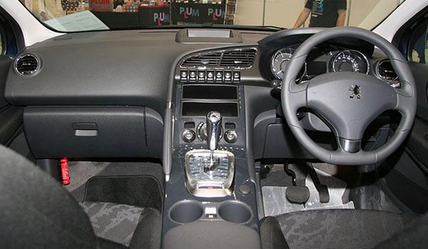 Peugeot-3008-Interior